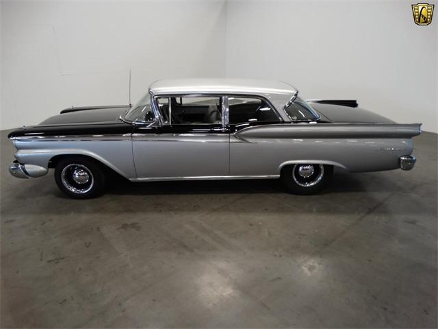 1959 Ford Fairlane   917286