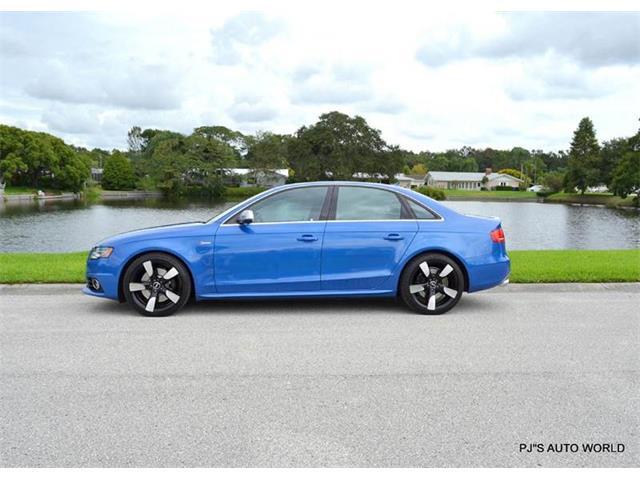 2010 Audi S4 | 910750