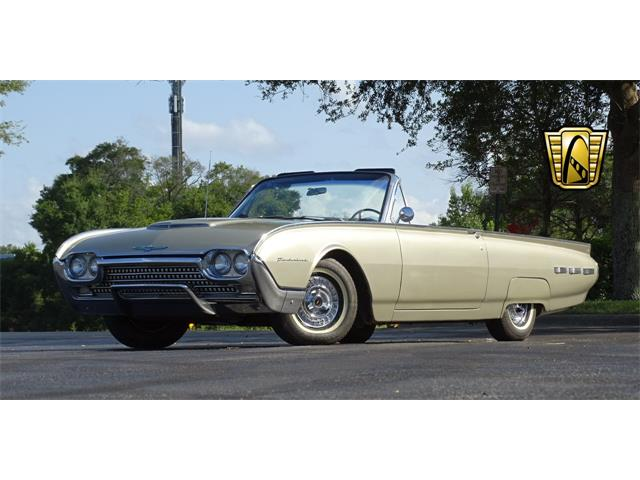 1962 Ford Thunderbird | 917516