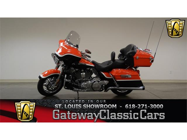 2012 Harley-Davidson FLHTCUSE | 917604