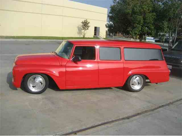 1964 International Harvester Travelall | 917973