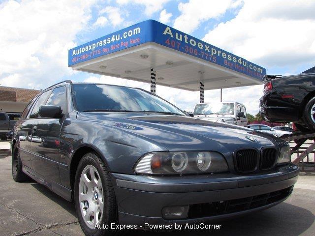 2001 BMW 528i | 918250