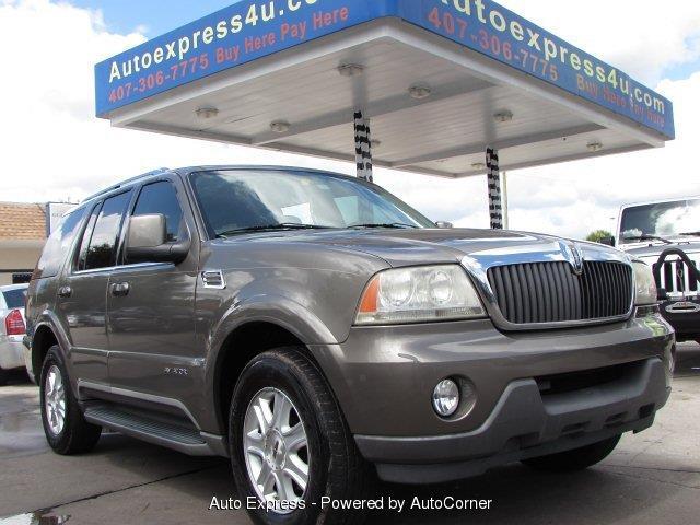 2004 Lincoln Navigator | 918268
