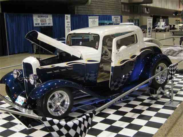 1932 Ford 3-Window Coupe | 918329