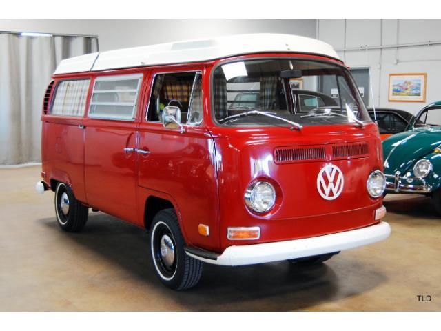 1971 Volkswagen Camper | 910844