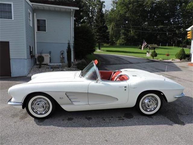 1961 Chevrolet Corvette | 918895