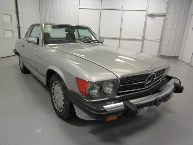 1988 Mercedes-Benz 560 | 918902