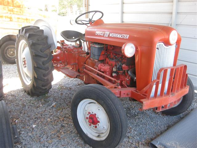1960 Ford Tractor | 918936