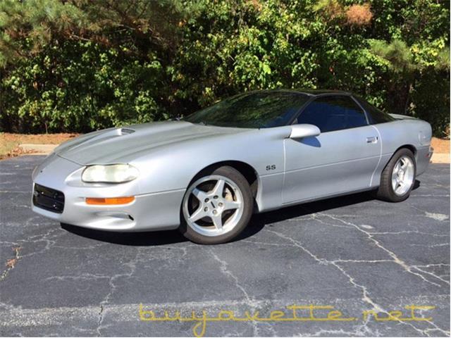 2002 Chevrolet Camaro | 910904