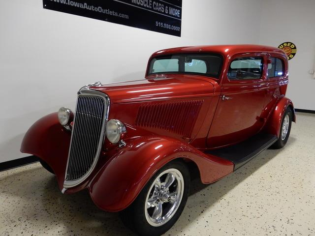 1934 Ford Tudor | 919245