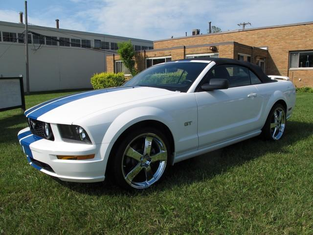 2005 Ford Mustang | 919821
