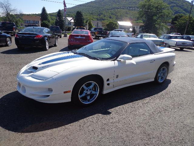 1999 Pontiac Firebird Trans Am | 910983