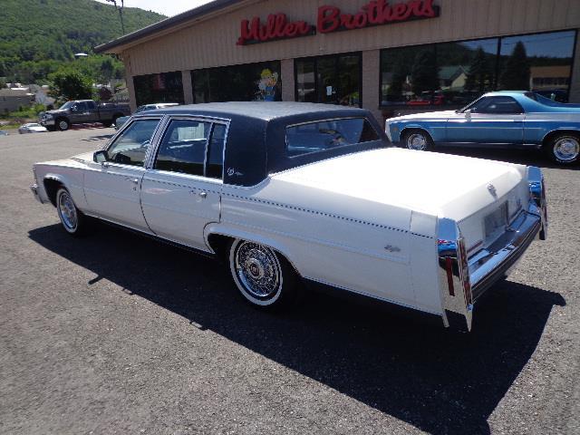 1987 Cadillac Fleetwood Brougham d'Elegance | 910987