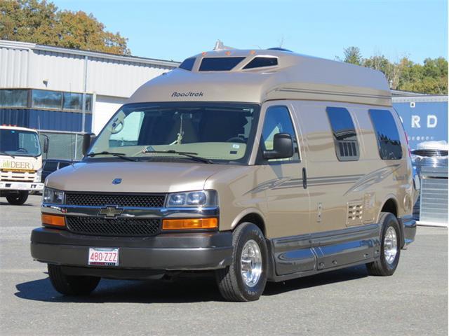 2011 Chevrolet Express Roadtrek 190 Popular | 920109