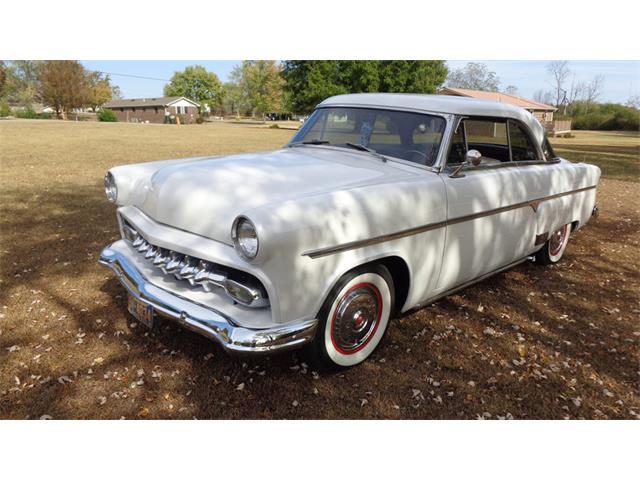 1954 Ford Victoria | 921299