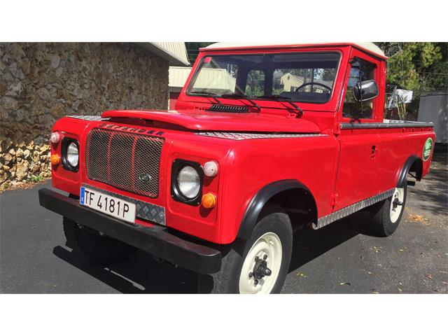 1983 Land Rover Defender | 921335