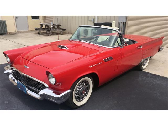 1957 Ford Thunderbird | 921586