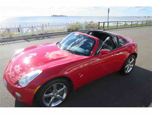 Picture of '09 Pontiac Solstice located in Milford City Connecticut Offered by Napoli Classics - JRCC