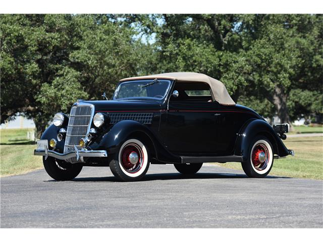1935 Ford Deluxe | 922144
