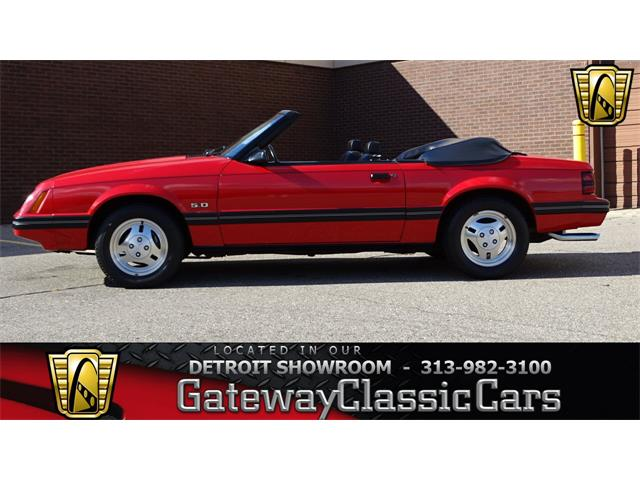 1983 Ford Mustang | 922188