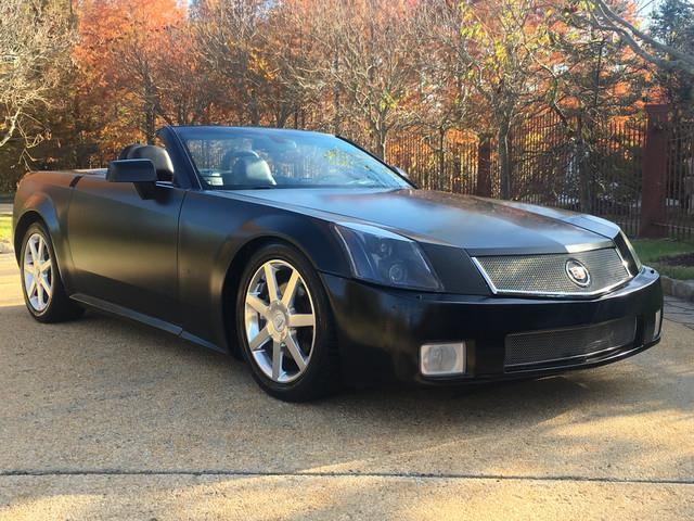 2004 Cadillac XLR | 922200
