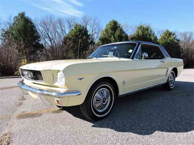 1966 Ford Mustang | 922268