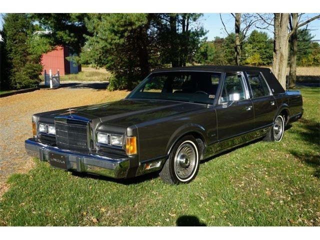 1989 Lincoln Town Car | 920228