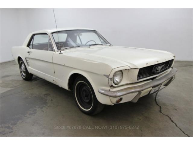 1966 Ford Mustang | 922287