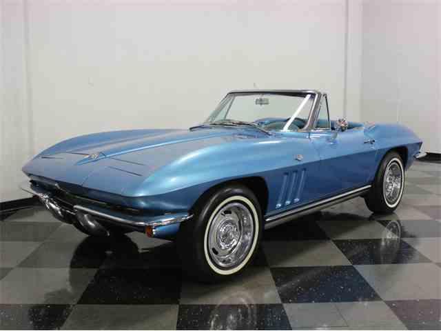 1965 Chevrolet Corvette | 922309