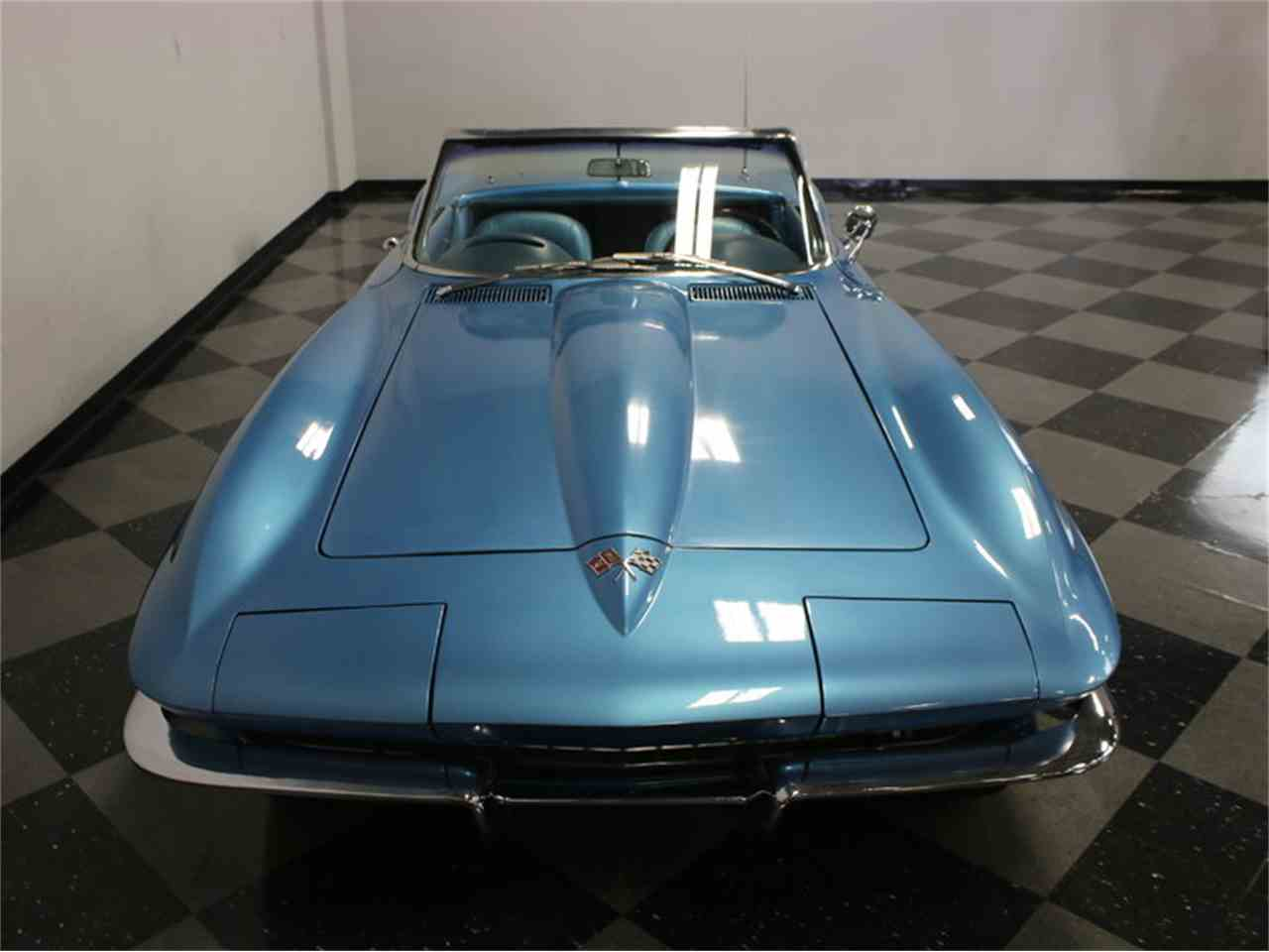 Large Picture of '65 Corvette - JRNP