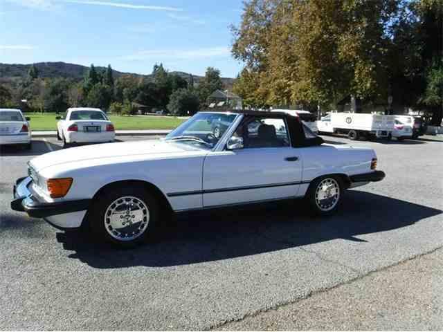 1986 Mercedes-Benz 560 | 922326