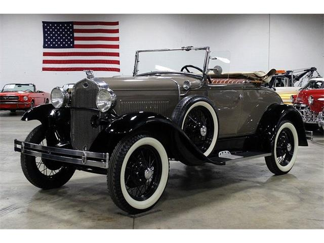 1930 Ford Model A Deluxe Roadster | 922329