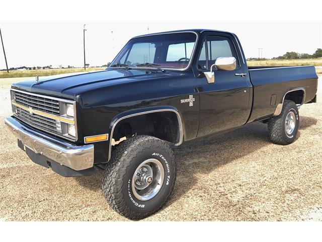 1984 Chevrolet Silverado | 922385