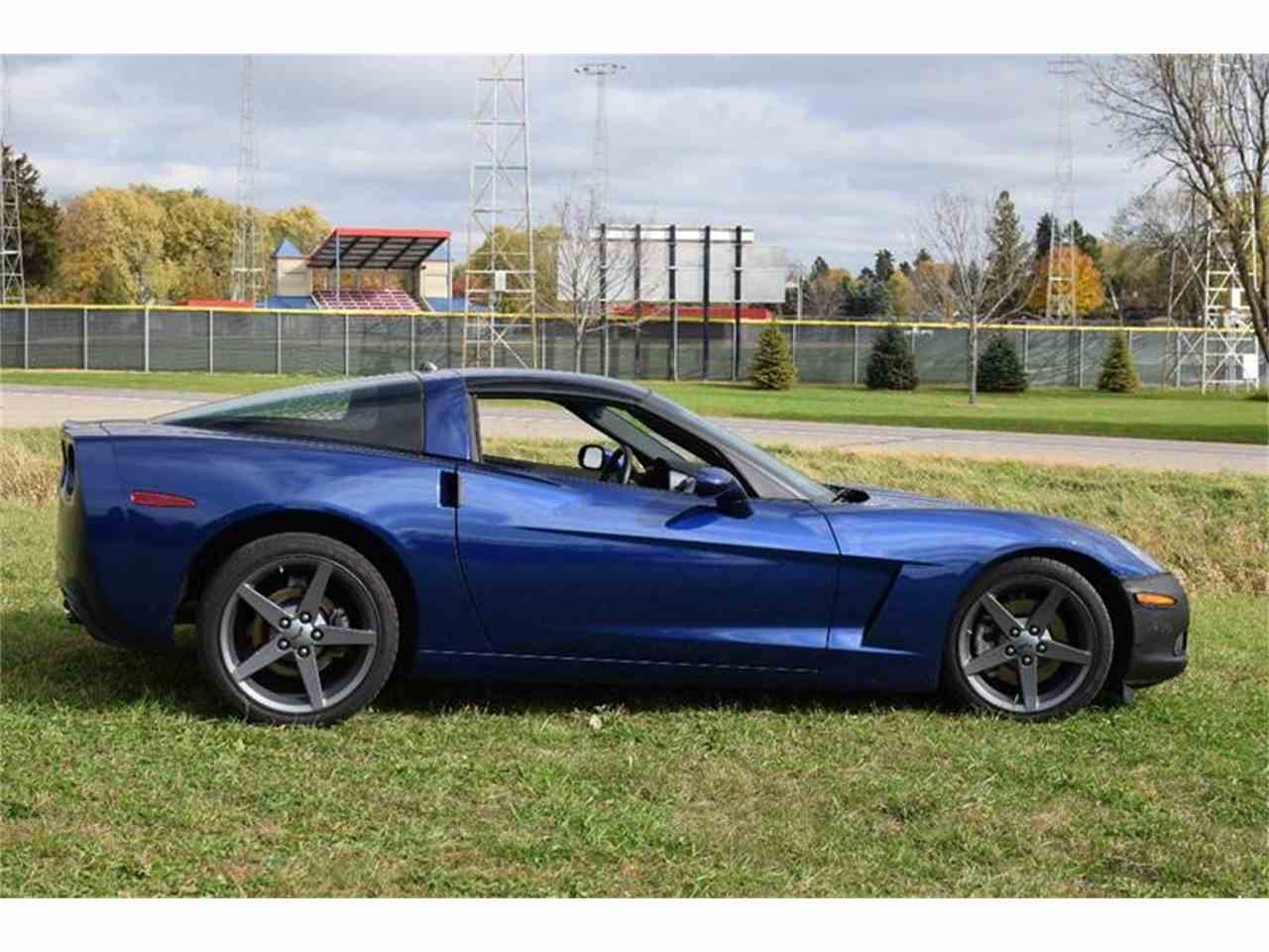 Large Picture of '05 Corvette - JRQ7