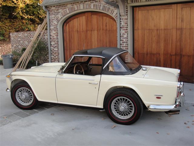1968 Triumph TR250 | 922419