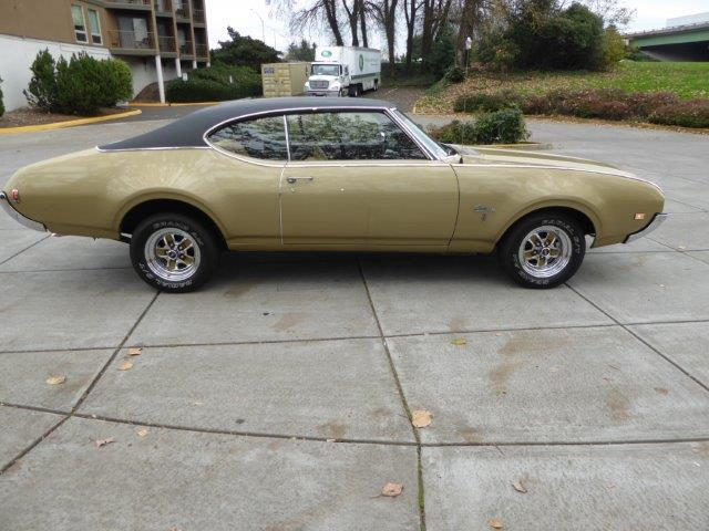 1969 Oldsmobile Cutlass | 922475