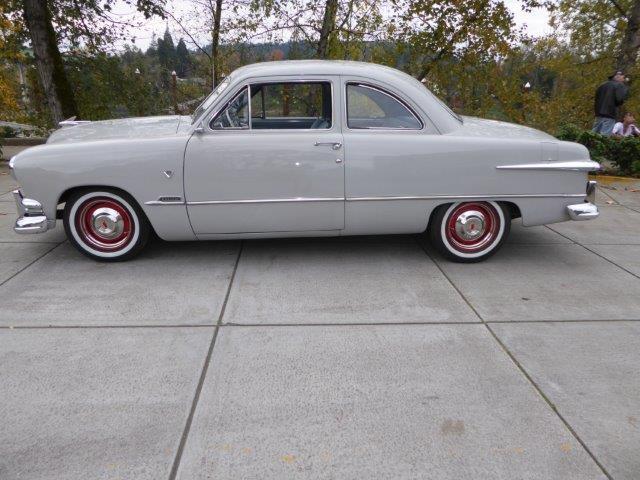 1951 Ford Custom | 922476