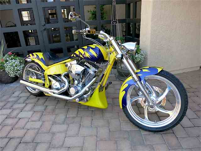 2004 Big Dog Motorcycle | 922507