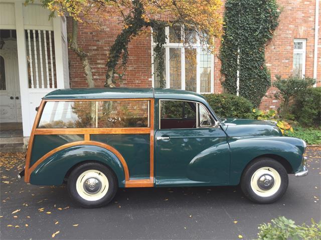 1957 Morris Minor 1000 Traveler | 922610
