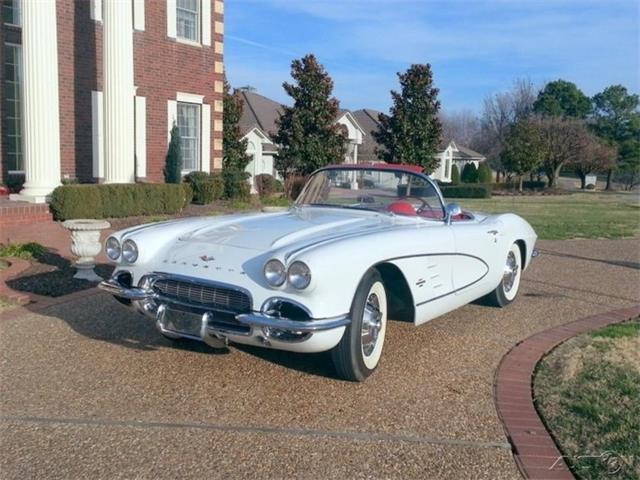 1961 Chevrolet Corvette | 922677
