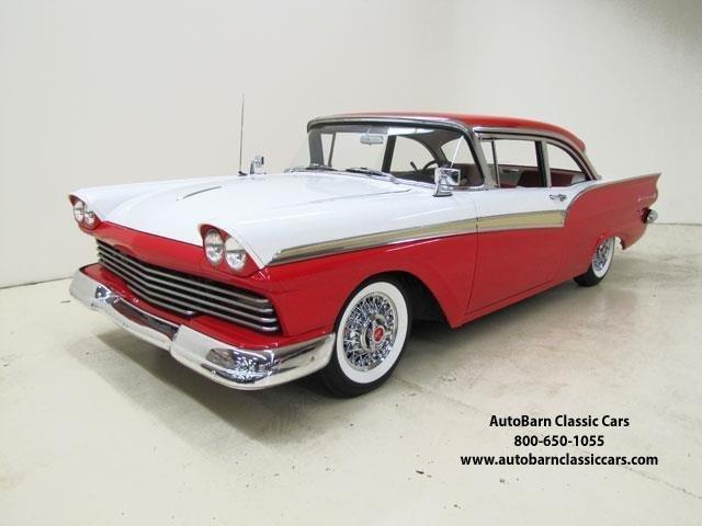 1957 Ford Fairlane | 920279