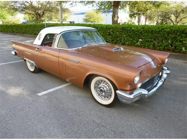 1957 Ford Thunderbird | 922963
