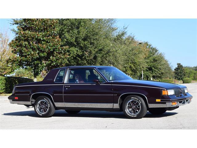 1988 Oldsmobile Cutlass Supreme Classic | 923110