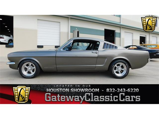 1965 Ford Mustang | 923450