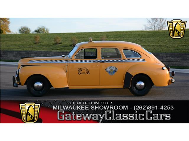 1941 Chrysler Royal Taxi | 923475