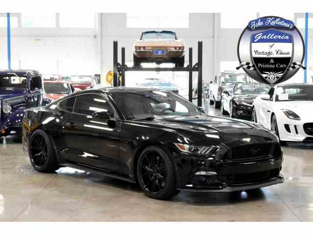 2016 Ford Mustang | 923591