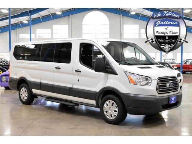 2015 Ford Transit Wagon   923597