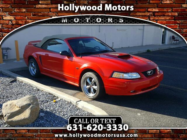 2000 Ford Mustang | 923606