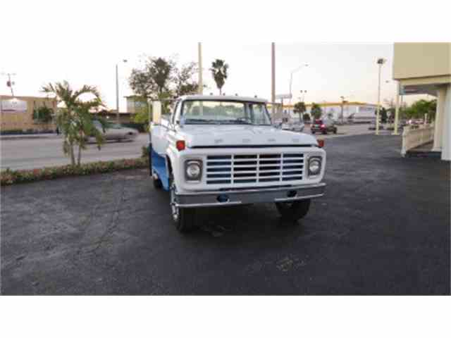 1974 Ford F700 | 923646