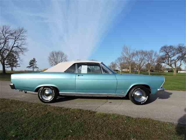 1966 Ford Fairlane | 923730